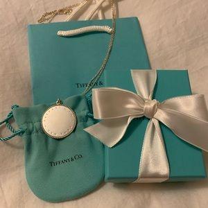Brand new authentic Tiffany & Co. XL twist pendant